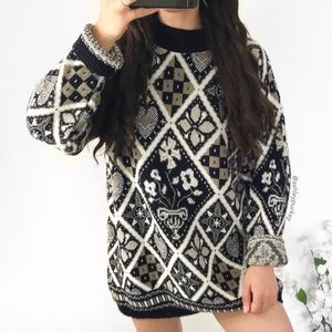 vintage black cream diamond flower knit sweater